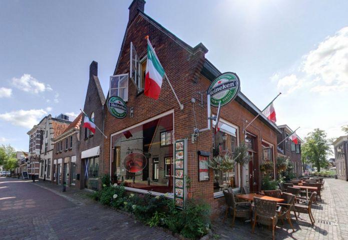 1-bella-italia-buiten-restaurant.jpg