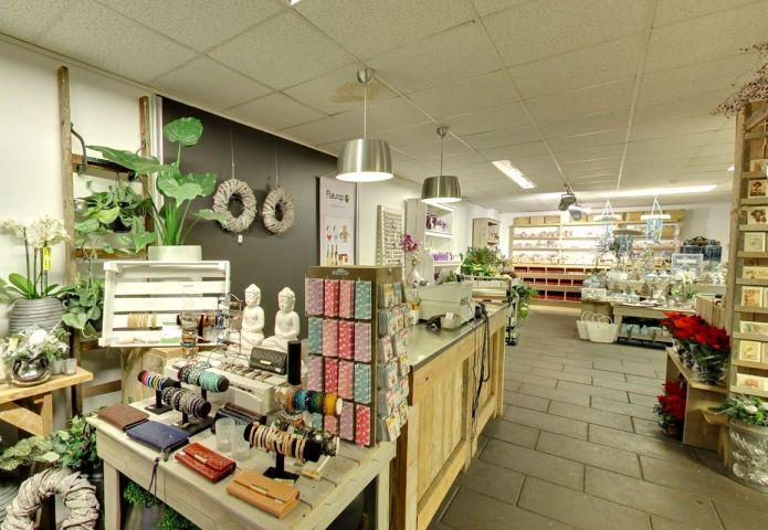 2-bloemenhuis-millefleurs-winkel-binnen.jpg