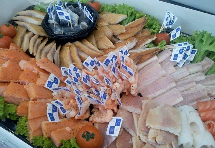 4-het-urker-vispaviljoen-zwartsluis-winkel-vis.jpg