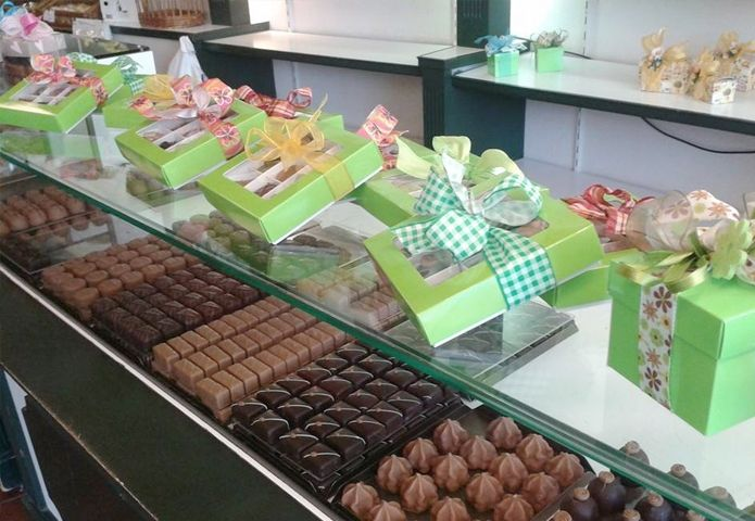 5-banketbakkerij-roy-ekkelenkamp-winkel-chocolade.jpg