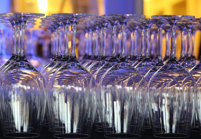 Wijnproeverij in Sluuspoort